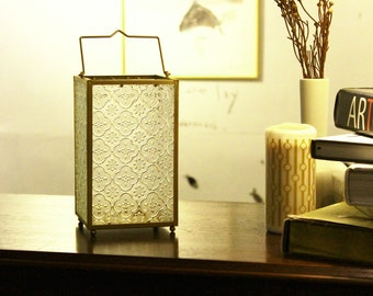Bunt gemustertes Glas Laterne Kerzenhalter aus Messing