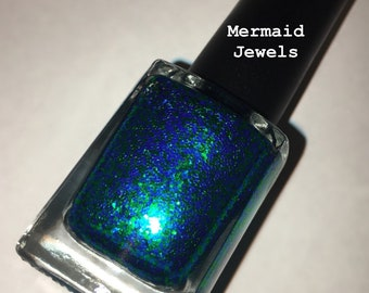Mermaid Jewels nail lacquer