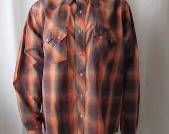 Cowboy Shirt Western Snap buttons front/sleeves Wrangler Brand