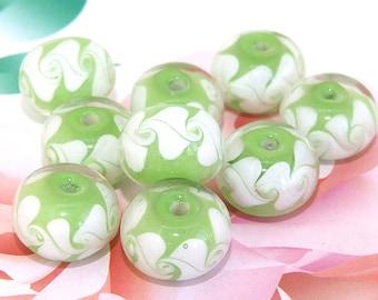5beads/lot Charm White Flower Rondelle Green Lampwork gemstone beads 8mmx15mm