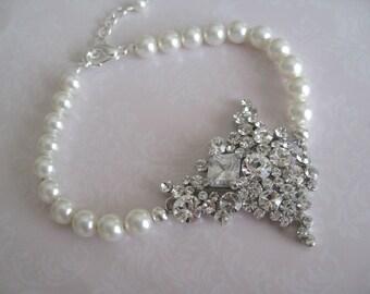 Bridal jewelry - Bridal Accessories - Bridal Rhinestone Pearl Bracelet- Wedding jewelry-Bridesmaids Bracelet