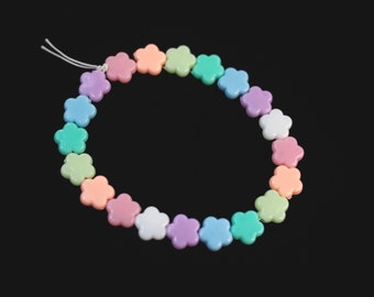Pastel Rainbow Flowers Bracelet // Kawaii Pastel Goth Bracelet // Fairy Kei Flowers Beaded Bracelet //Cute Pastel Goth Jewelry