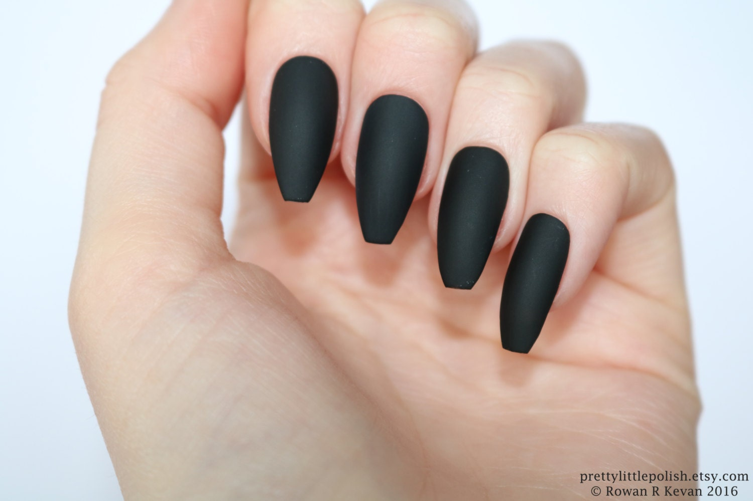 Matte black coffin nails Halloween nails Fake nail Stiletto