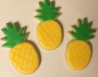 Pineapple decorated sugar cookies
