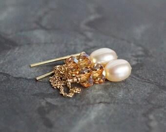 Pearl ear threads, bridal earrings, Swarovski elements ear threads, 14k gold fill threader earrings, pearl drop earrings, wedding jewelry