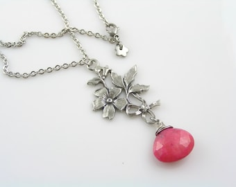 Ruby Necklace with Flower Pendant, Flower Necklace, Flower Jewelry, Ruby Jewelry, Valentines Day Gift, Gift for Her, Ruby Pendant, N1959