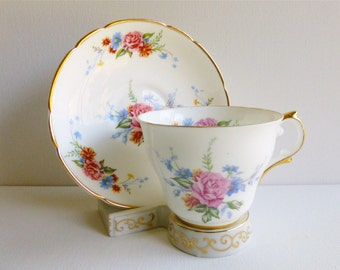 Vintage Regency Scalloped Teacup & Saucer, Rose Bouquet, Made in England. Perfect for a Vintage Tea Party, Gift or Styling Prop