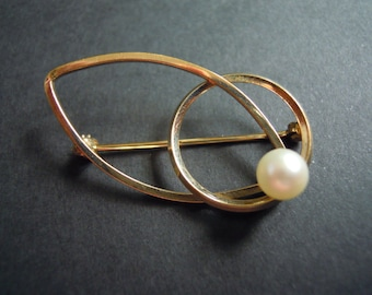 Pearl and 12K Gold Filled Brooch Pin Vintage