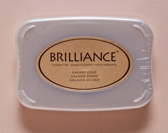 CLEARANCE Galaxy Gold Brilliance Pigment Ink Pad