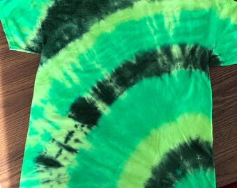L Safety Yellow, Black and Green Tie Dye