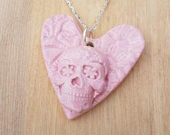Pink sugar skull necklace, Goth necklace, Goth calavera, Ceramic skull, Valentine heart, loveheart, Skull necklace, Calavera, sugarskull