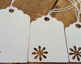 Daisy tags with string, gift tags, price tags, tags, birthday tags, Christmas tags