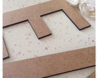 Letter of your choice of letter height 6cm model wood * Leah *.