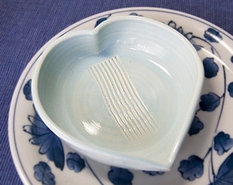 Grate Heart Garlic Grater (Ready to Send)