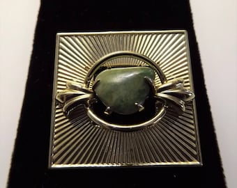 Vintage 1945 Jade Coro Signed Pegasus Collection Gold Tone Brooch, pin