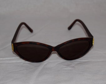 Vintage 60's Brown and Gold Sunglasses