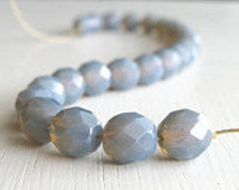 25 Milky Grey 8mm Faceted Rounds - Czech Glass Beads