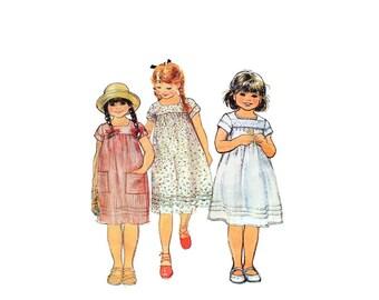 1970s Vintage Sewing Pattern - McCalls 6508 - Girls Pullover Dress UNCUT