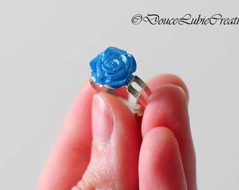 Bagues avec petite rose - couleurs variées