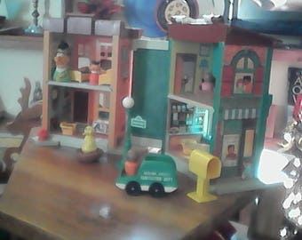 Fisher Price Sesame Street Playset + Bonus Items all Vintage Sesame and Little People, Cookie Monster, Big Bird