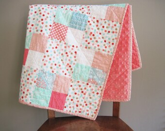Coral Baby Quilt, Coral Baby Blanket, Baby Girl Handmade Quilt, Coral and Mint Green