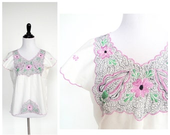 White Floral Top Blouse - Embroidered Pink Flowers, Green Leaves, Black Dots - Vintage 60s 70s - Lightweight Summer Short Sleeve Shirt - S/M