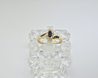 14k Sapphire And Diamond Ring. Size 6.75