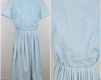 Vintage 1960s Pale Blue Dress with Scalloped Bodice & Full Skirt - L'Aiglon - Bust 38 Waist 26 (B1)
