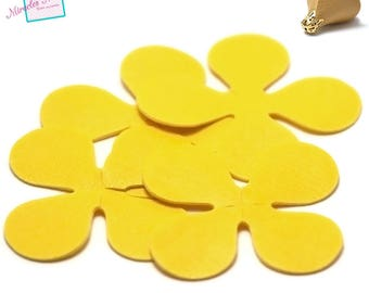 4 flowers (petal) faux leather 7, 5 x 7, 5 mm, yellow