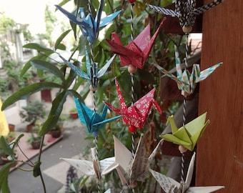 Guirlande de grues en origami
