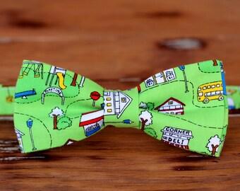 boys green city park bow tie, boy's cotton bow tie, boys wedding bow tie, toddler bowtie, baby boy bow tie, boys novelty bow tie, gift