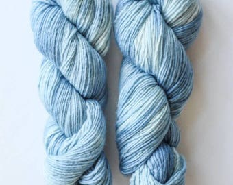 100% Merino Wool Single Ply Worsted Weight Tonal Hand Dyed Yarn *LARKSPUR *