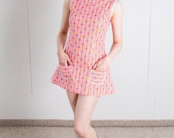 Sixties Inspired Geometric Go Go Tunic Top/Mini Dress! Pink/Orange/White - L - 1960s