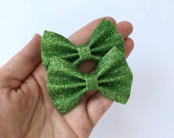 Spring Green Glitter Felt Pigtail Hair Bow Set // Spring Easter Piggie Bows Hair Clips // Pigtail Bows Mini Bows Baby Toddler Bow