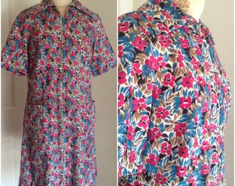 Seventies vintage floral shirt dress // large 10 12 sixties shift groovy large collar pockets