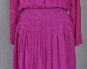 Vintage pink silk dress. Floral print. Fuchsia dress. Bright pink dress.