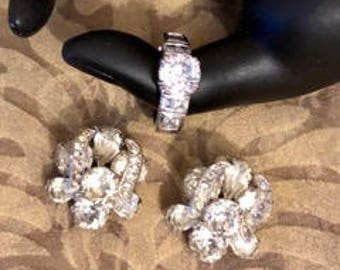 Vintage Glamorous Earrings and Ring Set