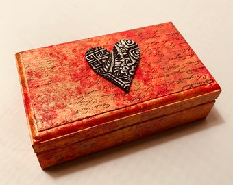 "Hand Painted Wood Box 4.5"" x 2.75"" x 1.5"""