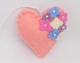 Felt heart ornament with flowers - Peach with pink, white, lavender and blue - nursery decor - Spring nature decoration - ideas for Easter