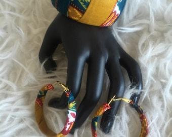 Set bracelet + earrings made of wax
