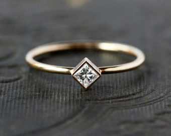 Princess Cut Diamond Ring, Square Diamond, Unique Engagement Ring, 14k Yellow Gold, Ethical EcoFriendly Conflict Free, Handmade Jewelry