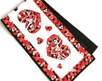 Valentine's Day Quilted Table Runner; Love Table Runner; Heart Quilted Runner; Quilted Table Linens