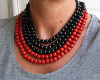 Pearls necklaces in red and black - 1 cm