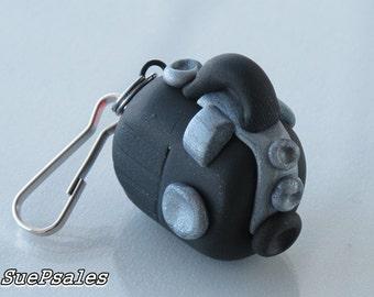 Vintage Camera Charm, Polymer Clay Brownie Camera Charm, Hand sculpted, Camera Bag Charm, Camera Purse Charm, Camera Zipper Pull