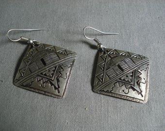Fabulous Vintage Hopi 'Hogan 2nd Life' Silver Earrings