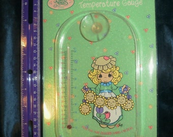 1996 PRECIOUS MOMENTS Indoor Outdoor Temperature Gauge Sealed in Package Sticks to window or mirror with suction cups