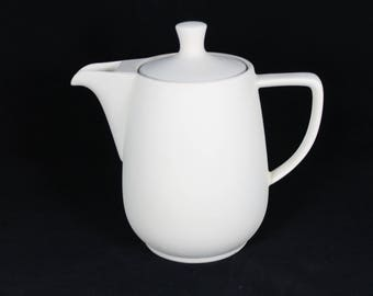 Teapot and coffee pot Leila-loving hand crafted pot | Schrühware ceramic blank for painting