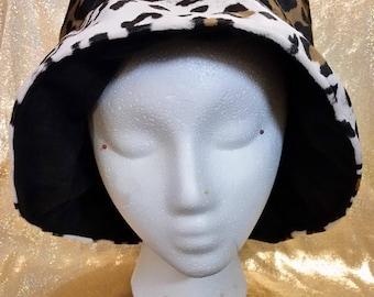 White Brim  Fleece Leopard Print Reversible Bucket Hat