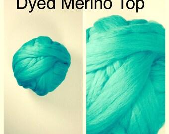 Jade Merino Top  / Dyed Merino Roving / Green Merino Felting / 2oz 4oz 8oz