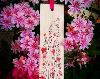 Wooden bookmark - Wood bookmark - Flower bookmark - Garden bookmark - Pink flowers - Floral bookmark - Handmade bookmark - Unique bookmark